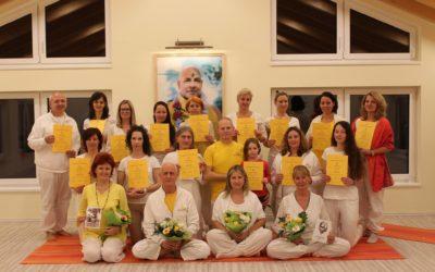 Pillanatok jógaoktatóink sikeres vizsgájának ünnepléséről