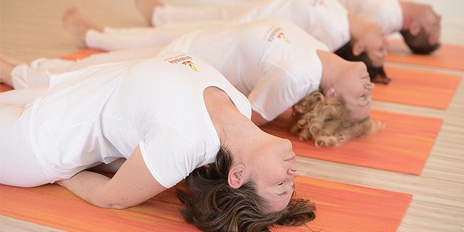 Sivananda jóga tanfolyamok / műhelyek