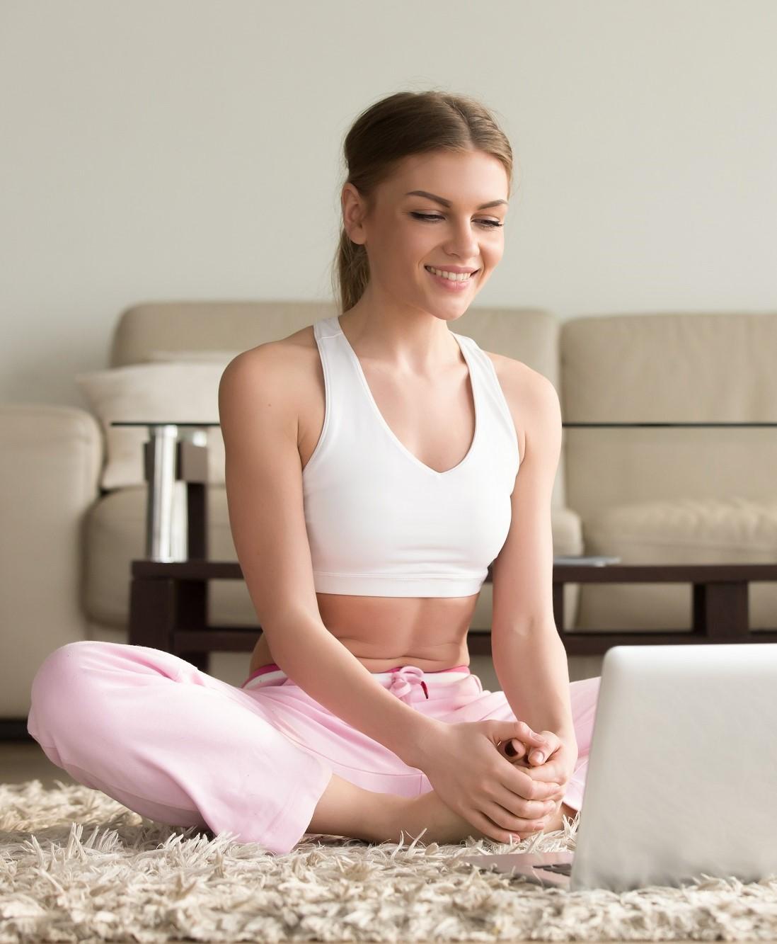 Online haladó jógaóra